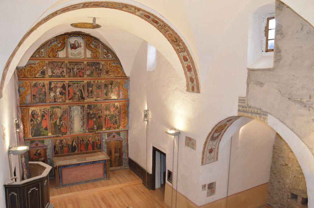 Es darrèri trebalhs de restauracion auferissen ua vision renovada dera glèisa.