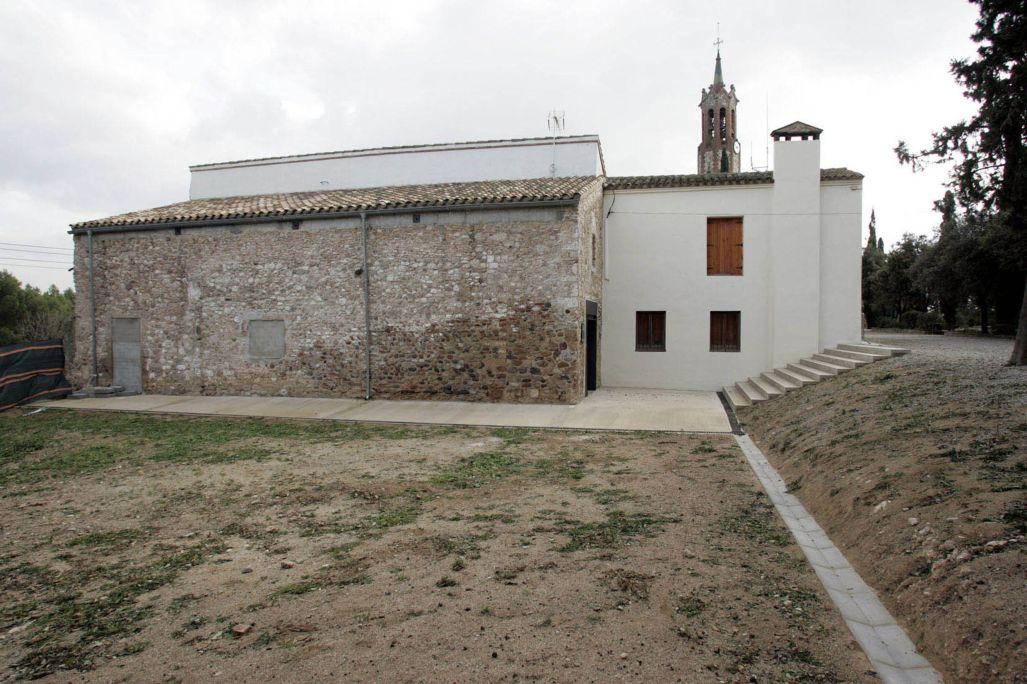 Vue de l'ermitage Sant Iscle et Santa Victòria