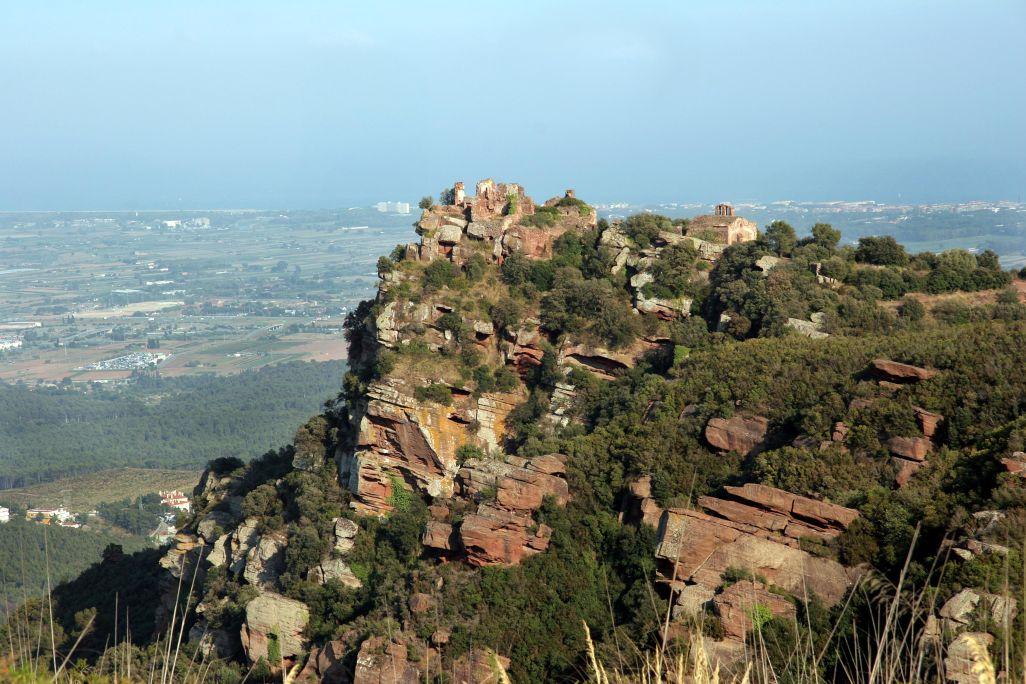Vista del castell d'Eramprunyà