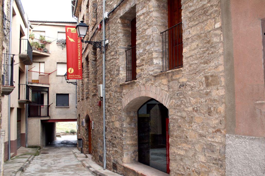 Vista de l'entrada del Museu de la Conca Dellà.