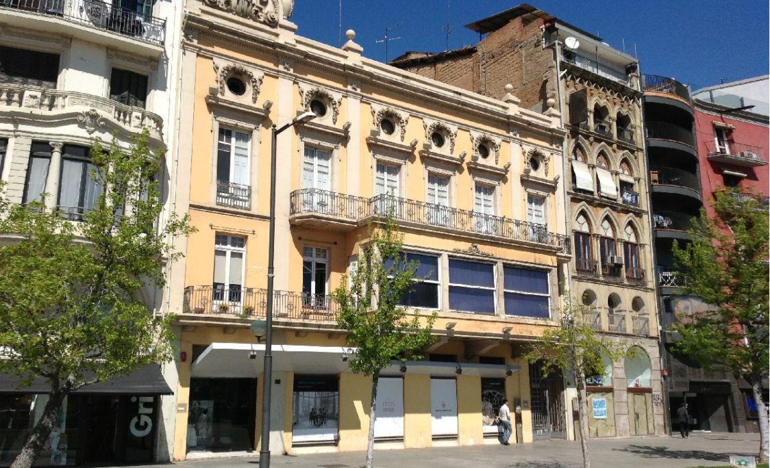 El Museo de Arte de Lleidase sitúa en el antiguo edificio del Casino Principal de Lérida.