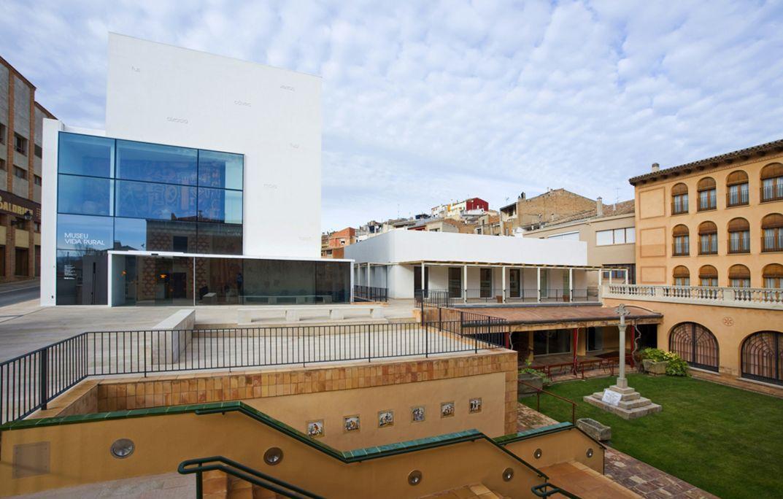 Los tres edificios que conforman el Museo de la Vida Rural de L'Espluga de Francolí.