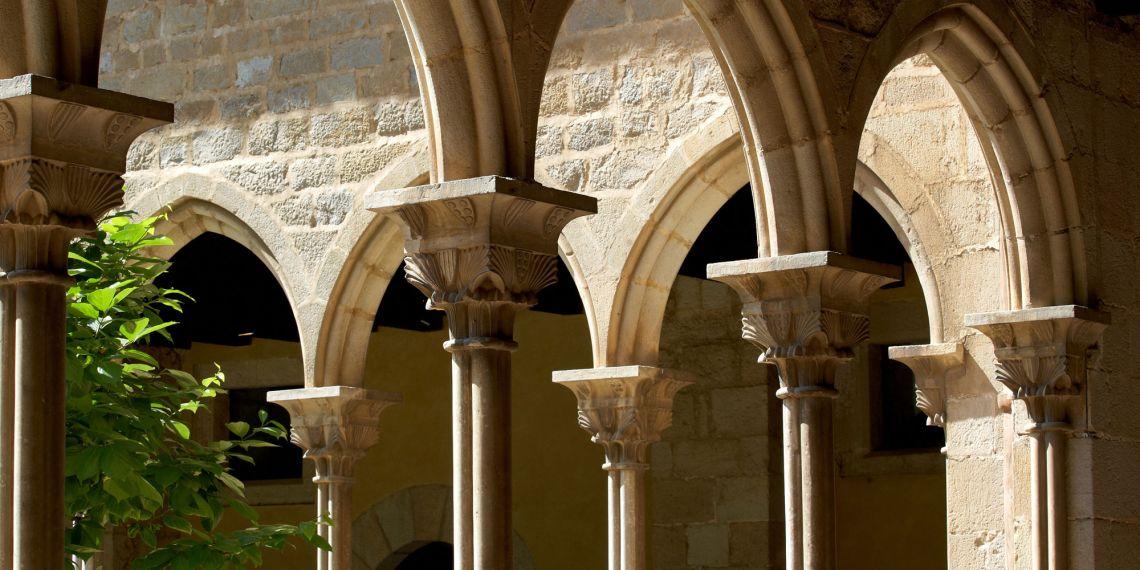 Photograph of the Royal Convent of Santa Maria de Pedralbes