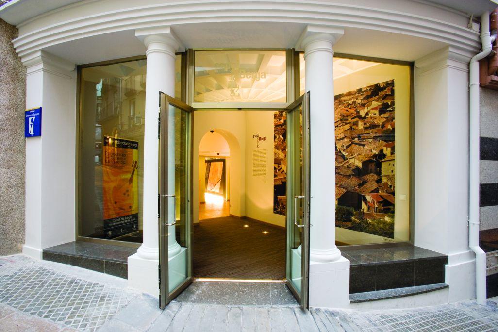 Porta d'entrada del Museu Comarcal de Berga