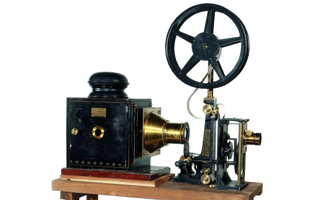Proyector cinematográfico Cinématographe Lumière (1897).