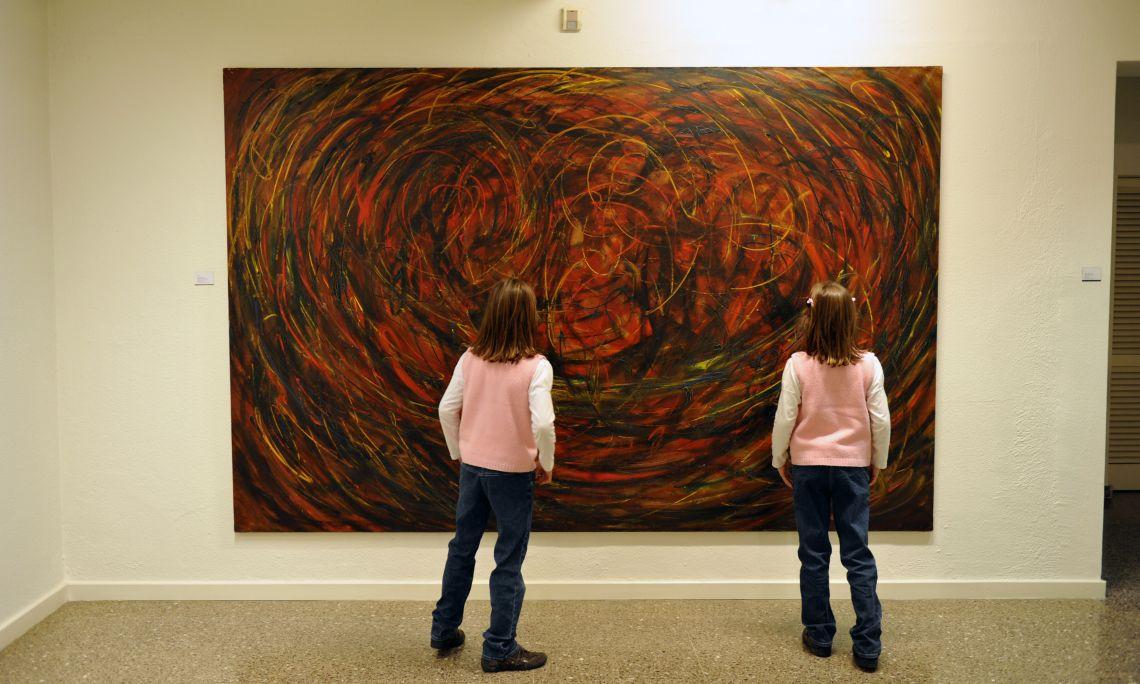 Evarist Vallès Rovira (Pierola 1923 – Figueres 1999). Abstracción cósmica, 1963. Óleo sobre tela. 197 x 300 cm.
