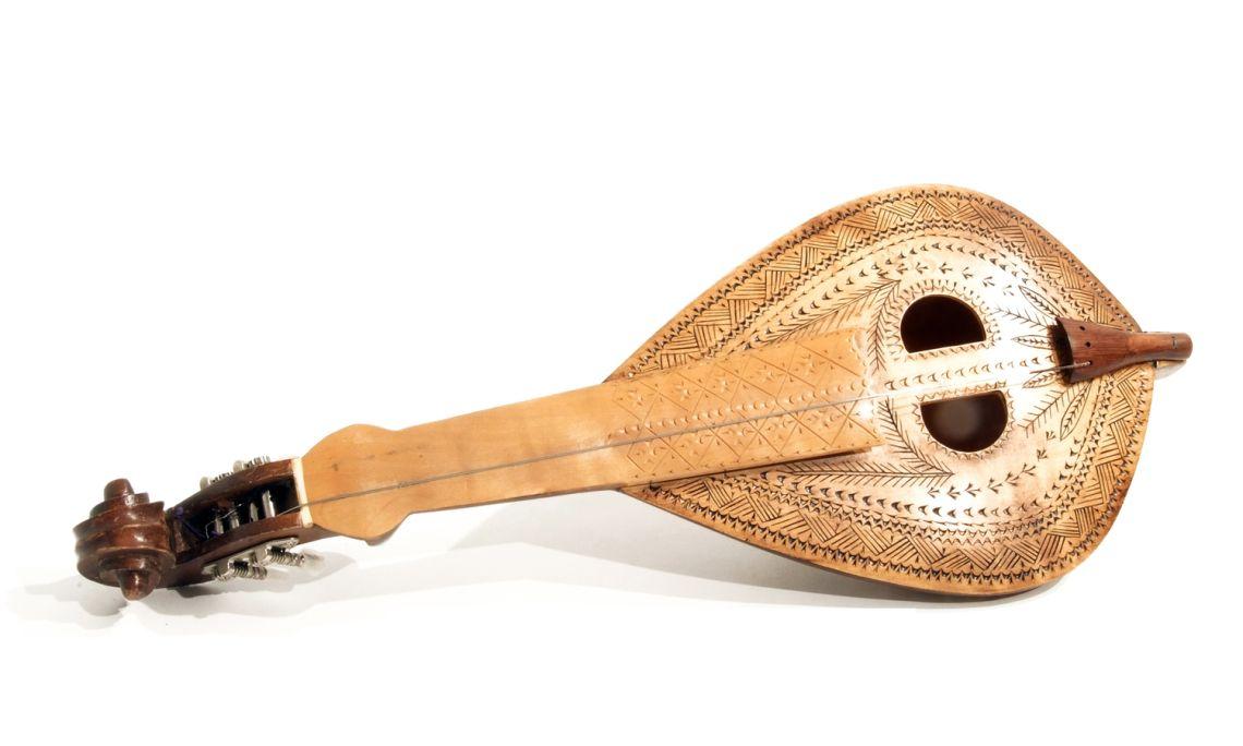 Lyre crétoise, instrument de la Méditerranée.