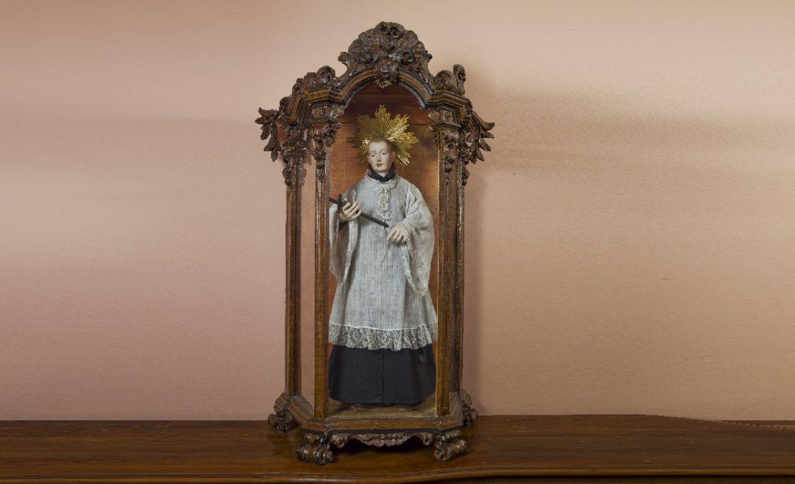 Escaparata del segle XVIII amb la imatge de sant Lluís Gonzaga. MCC. Foto: Carles Aymerich / Ramon Maroto (CRBMC).