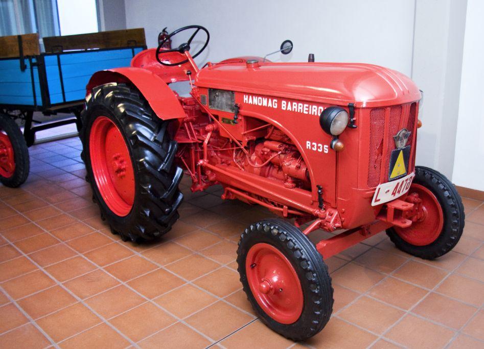 Tractor Hanomag Barreiros R 335. Principio años 60.