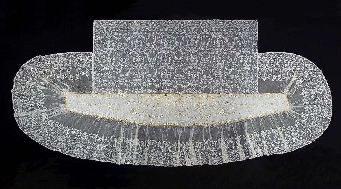 Mantellina de núvia. Foto: Irene Masriera