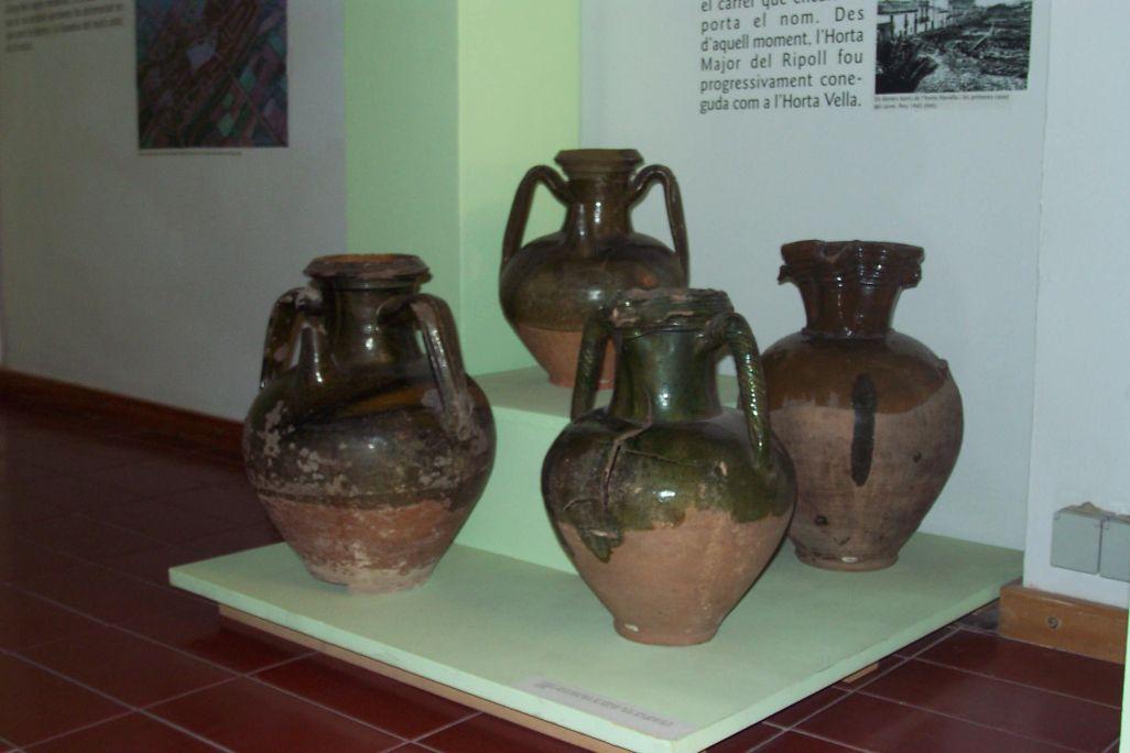 Céramique de décharge trouvée dans la voûte de la nef gothique de l'église Sant Fèlix