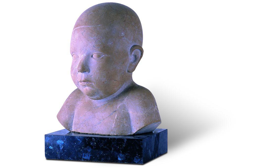 Retrato de mi hijo Jordi, 1928-1930, Joan Rebull Torroja, piedra de Ulldecona, 25 × 20 × 15 cm
