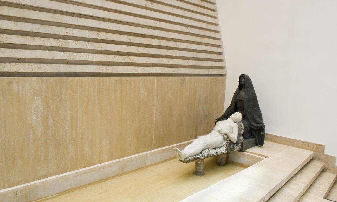 Mausoleu Lemonier, 1916-1919, última obra que va realitzar per encàrrec l'escultor Julio Antonio.