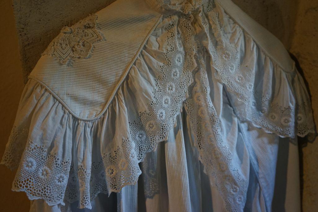 El vestido de bautizo tenía socialmente un alto valor simbólico