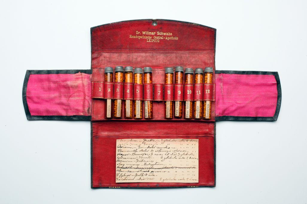 Farmaciola, finals del segle XIX - principis del segleXX