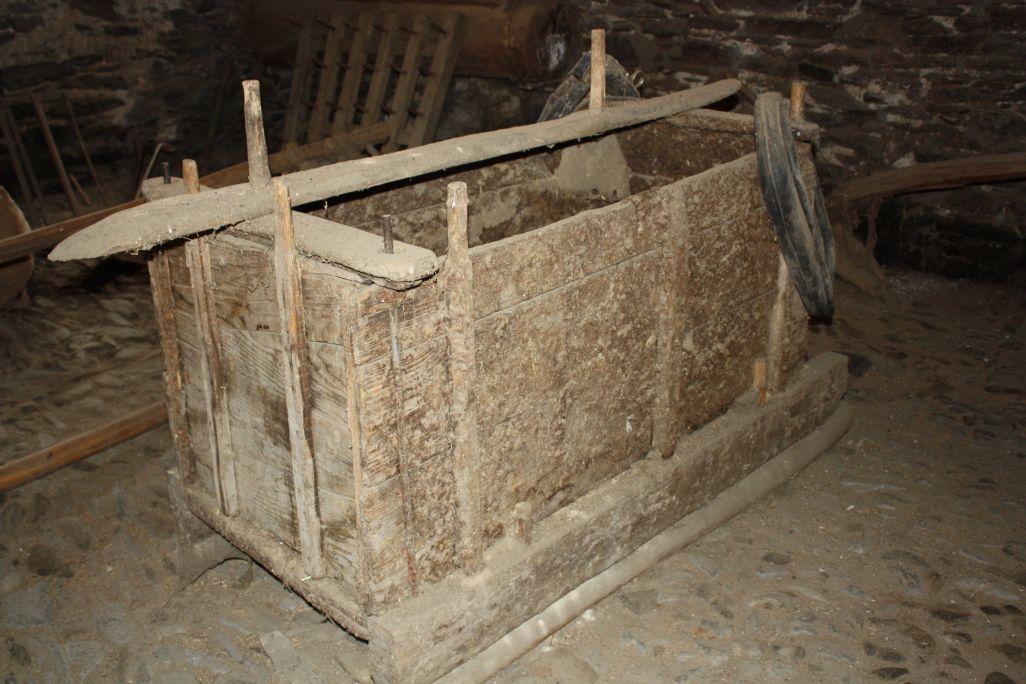 Les charrettes à patins étaient utilisées du printemps à l'automne. En hiver, leurs caractéristiques empêchaient leur utilisation.