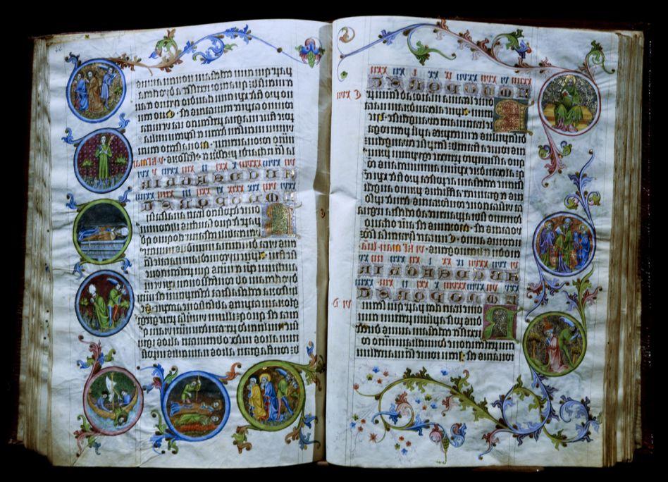 Martirologi d'Usuard, segle XV. Vitel·la,46,9×33,8×5,2cm. Biblioteca de Pere Antoni d'Aragó, Monestir de Poblet. Museu d'Art de Girona - Fons Bisbat de Girona.