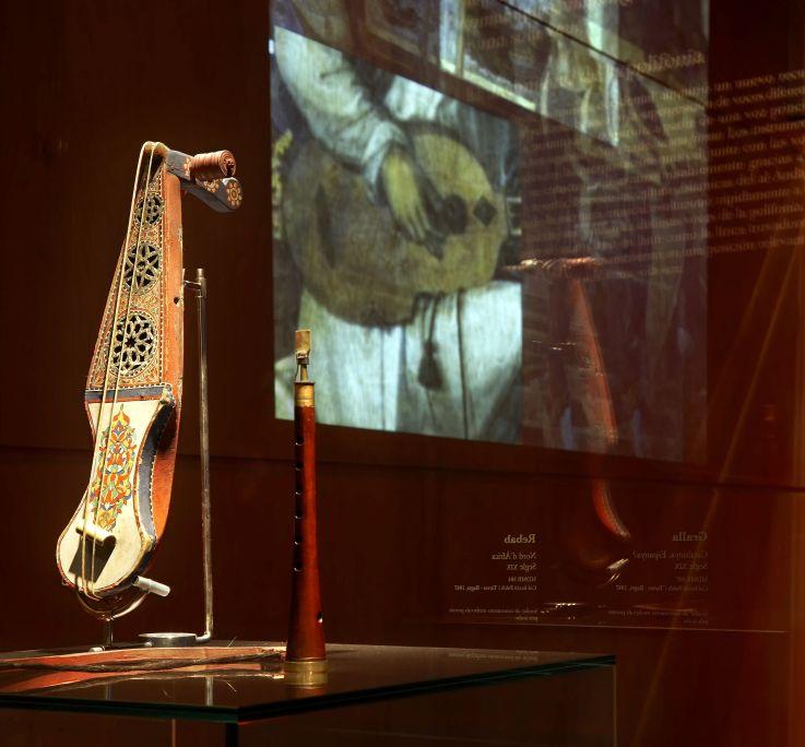 El rabab i la gralla són avui dos instruments supervivents de l'època medieval. © Rafael Vargas