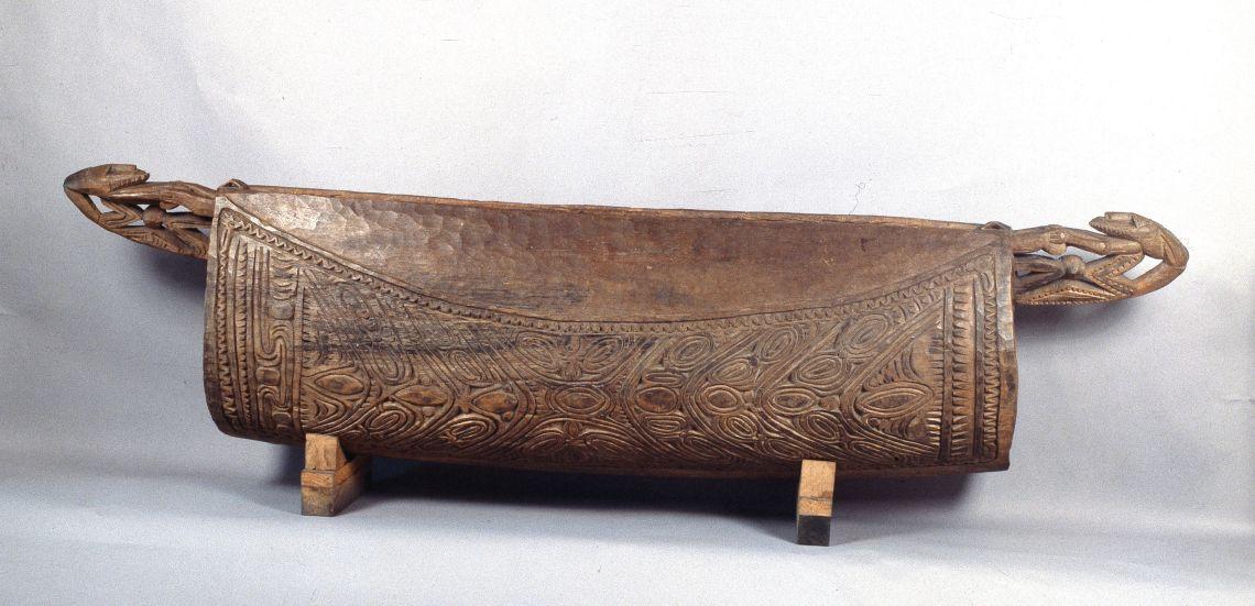 Garamut (New Guinea), 1900-1950. © Gabriel Serra