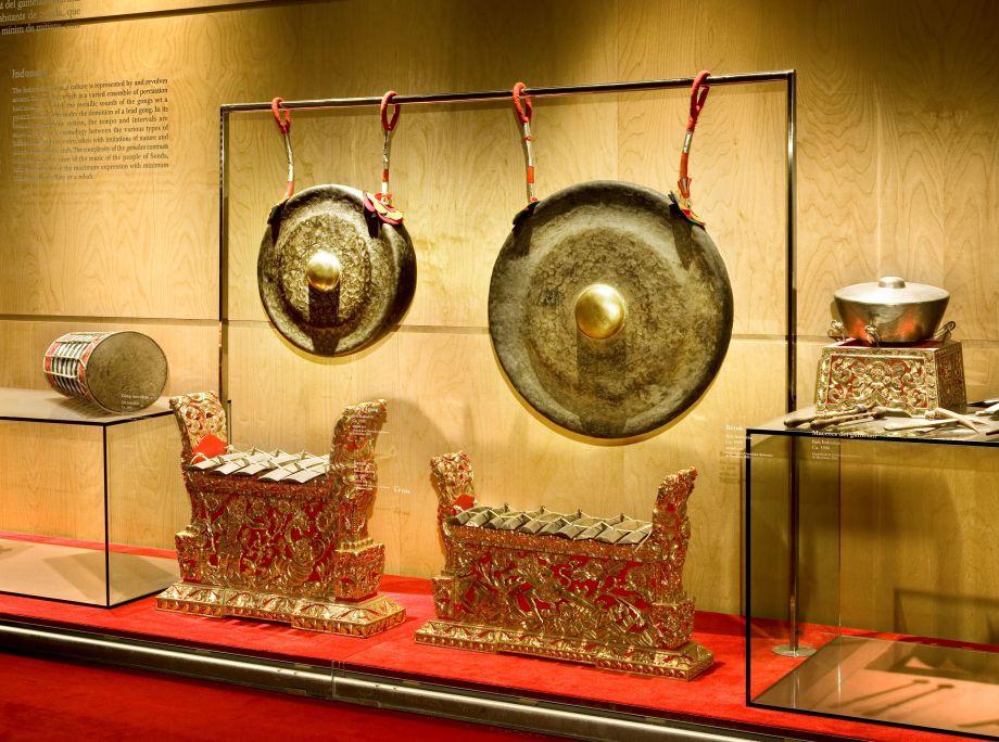 Gamelán Gong Kebyar. Participó en la Expo92 de Sevilla. El museo expone solo una parte del conjunto de 31 instrumentos. © Rafael Vargas