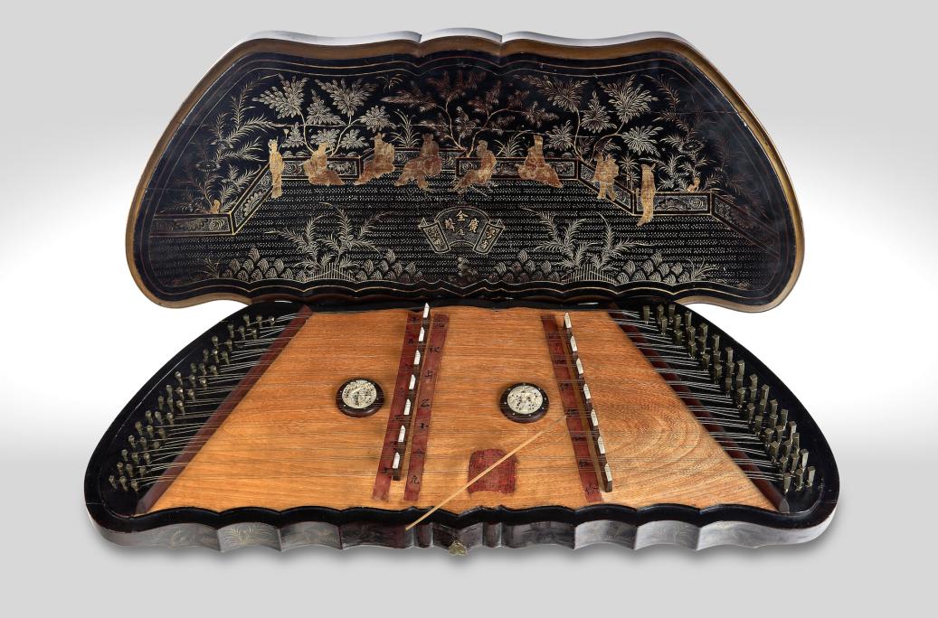 Yang ch'in (Xina), segles XIX-XX. © Rafael Vargas