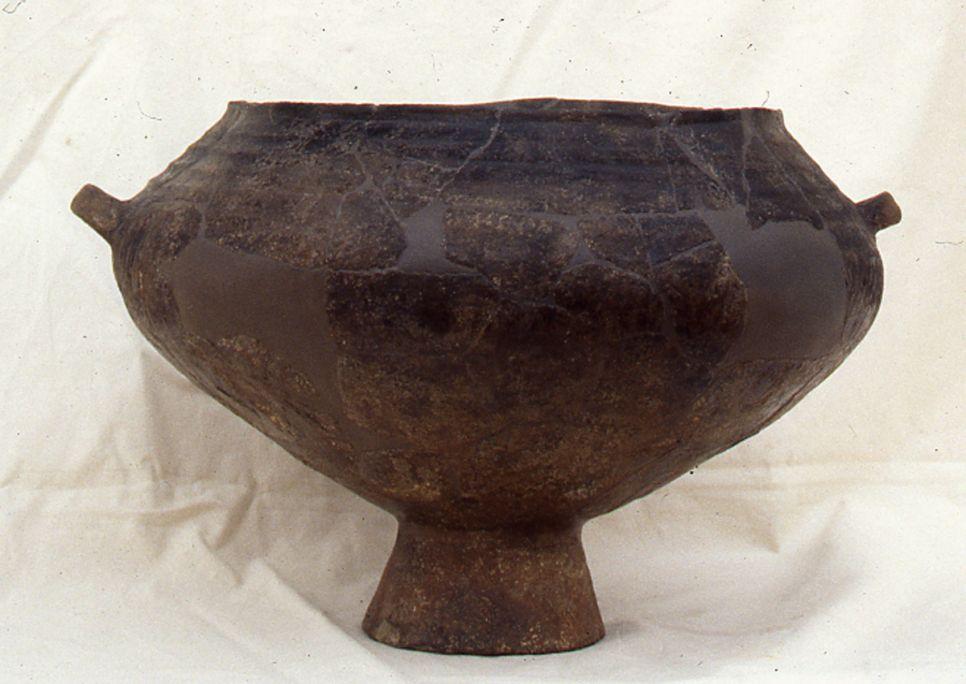 Grand vase rituel provenant du village ibère de La Moleta del Remei.