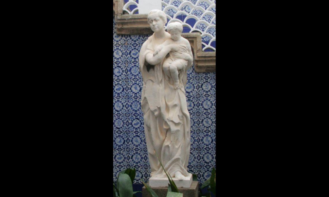 Maternitat, Joan Borrell i Nicolau, 1918, marbre tallat