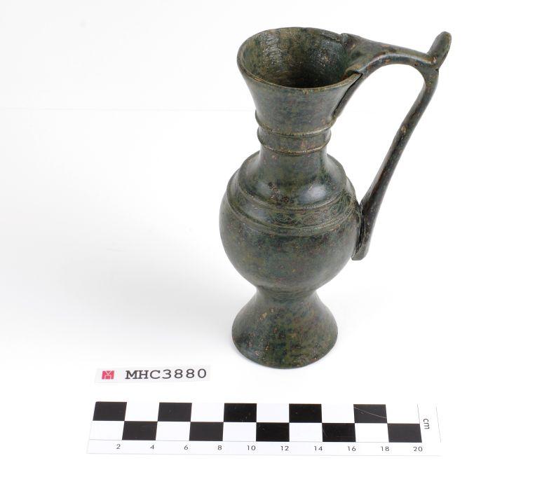 Gerreta litúrgica, 713-717, bronze. © de la fotografia: Museu d'Història de Catalunya