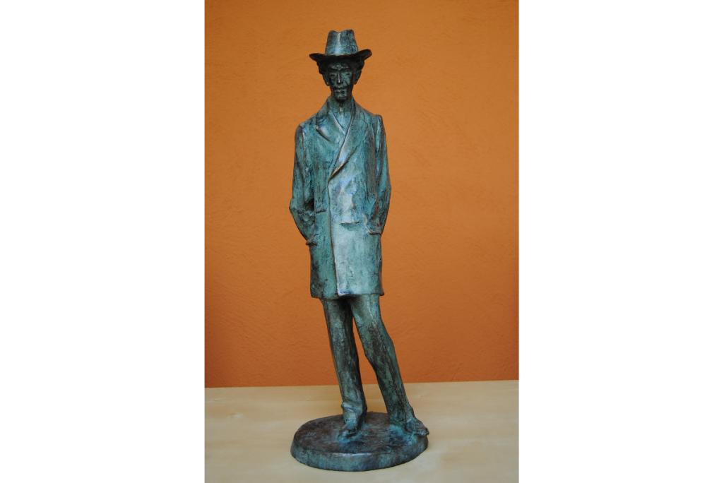Escultura de Miquel de Palol, Ricard Guinó, fosa en bronze a partir de l'original en guix. Donació de Maria i Miquel de Palol