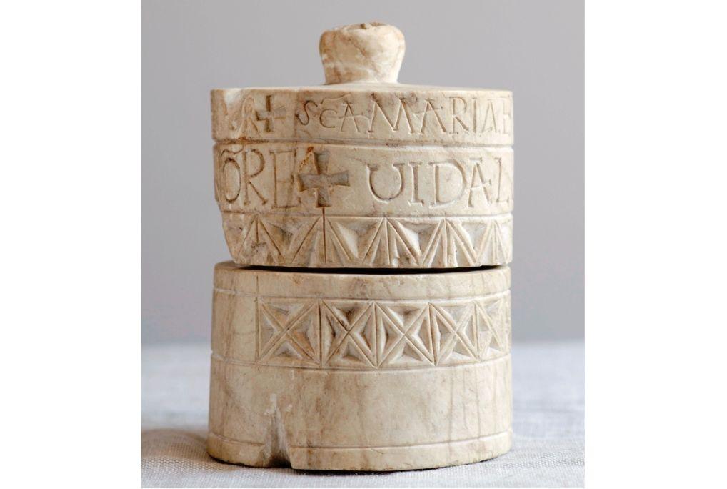 Reliquary from Santa Maria de Lillet, 10th century