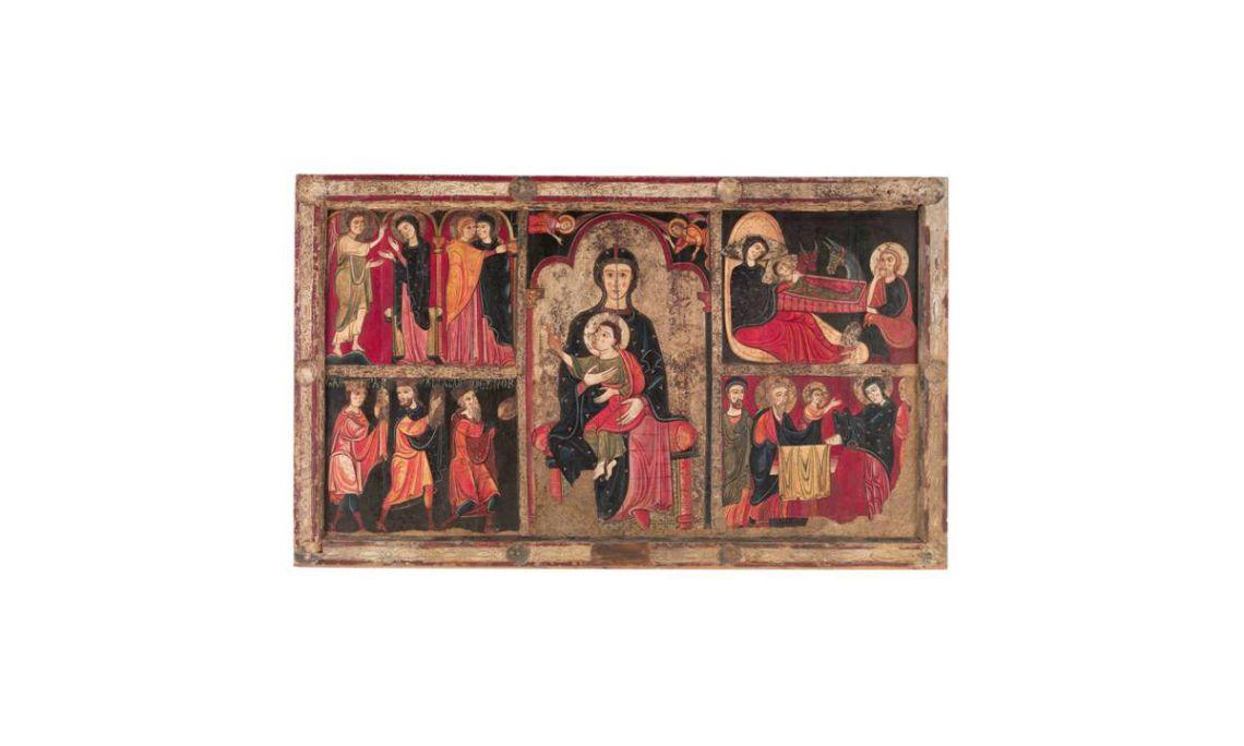Frontal d'altar d'Avià,Anònim, segle XIII.Tremp, tapajuntes de pergamí, relleus d'estuc i restes de full metàl·lic colrat sobre fusta, 107 x 177 x 7,5 cm.