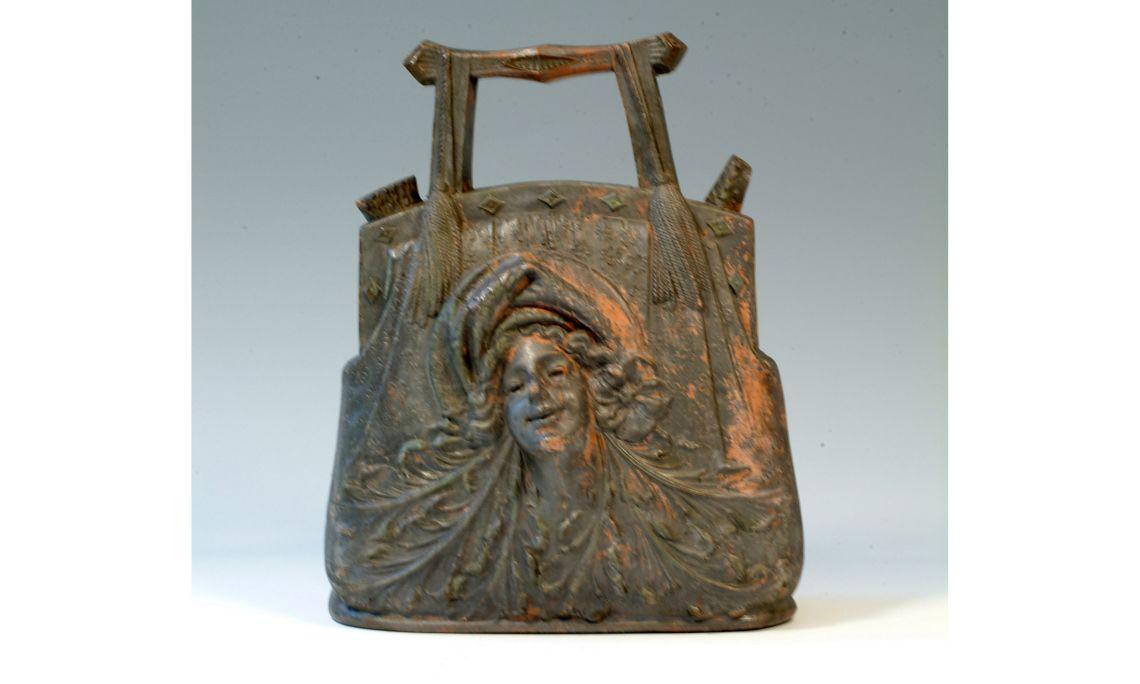Càntir, finals del segleXIX, 29,5×24cm, Olot (Garrotxa)