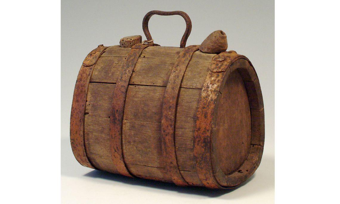 Càntir de fusta, segleXIX, 28,5×25,5cm, Catalunya