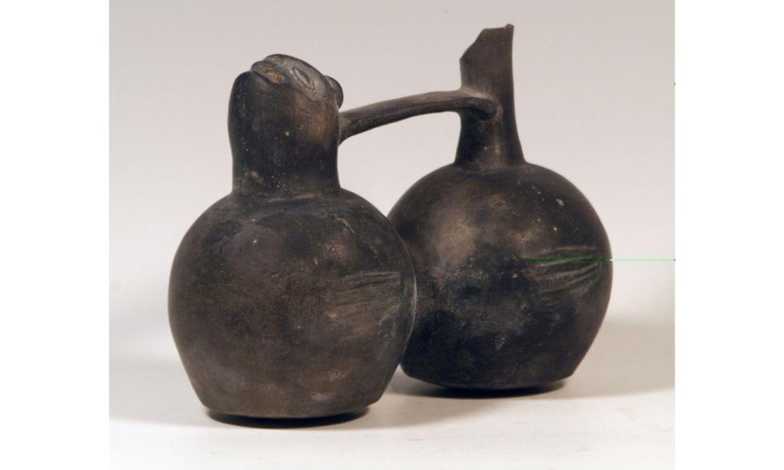 Càntir de doble cos de la cultura chimú, segles XV-XVI, 19 × 25 cm, Perú