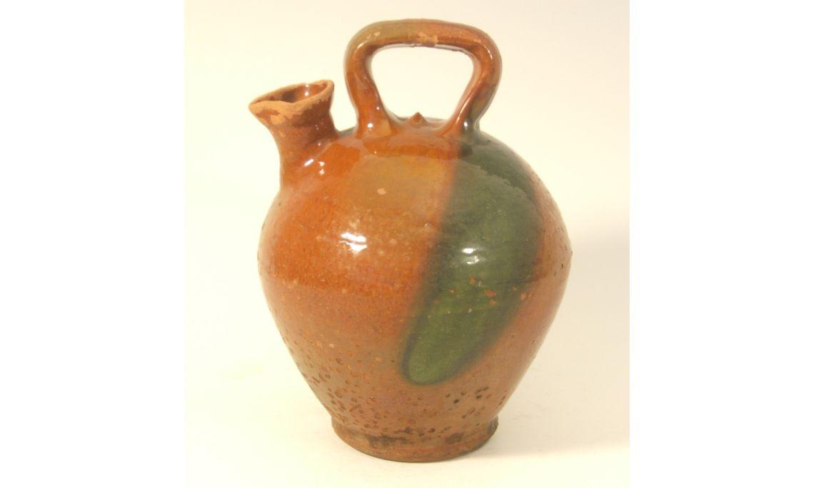 Càntir d'oli, primera meitat del segleXX, 27,5×20,5cm, Esparreguera (Baix Llobregat)
