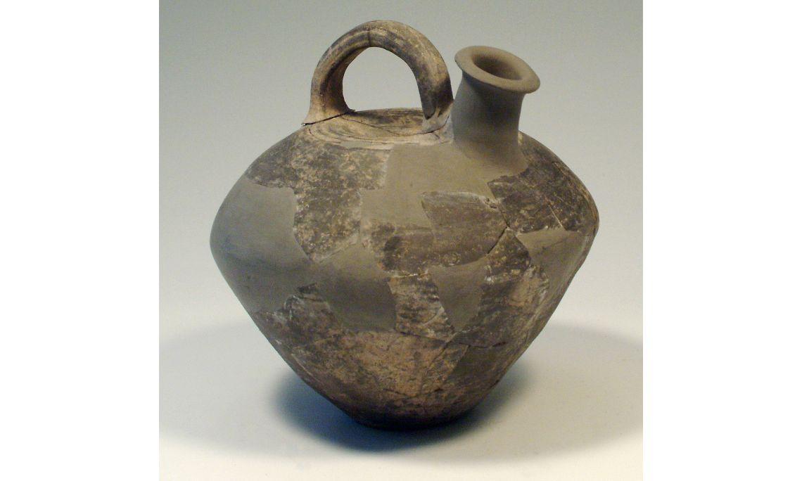 Askos, cultura ibérica, primer decenio del sigloIIa. C., 23×24cm, Cabrera de Mar (Maresme)