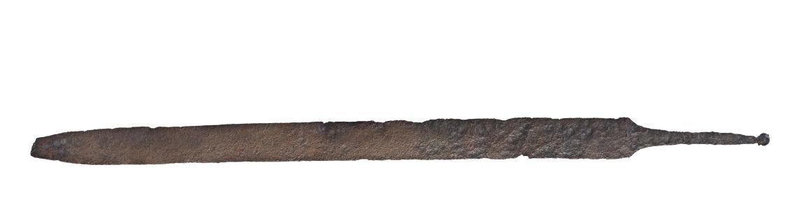 Espasa de fulla recta procedent de la necròpolis de la Pedrera (Vallfogona de Balaguer - Térmens).