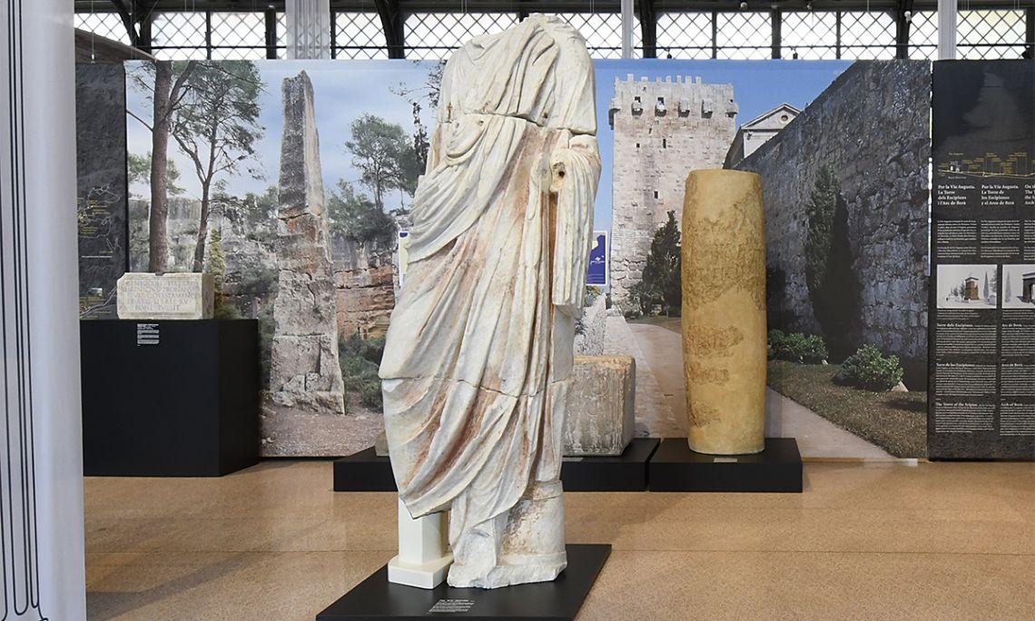 Togaed statue from the Roman theatre of Tarragona