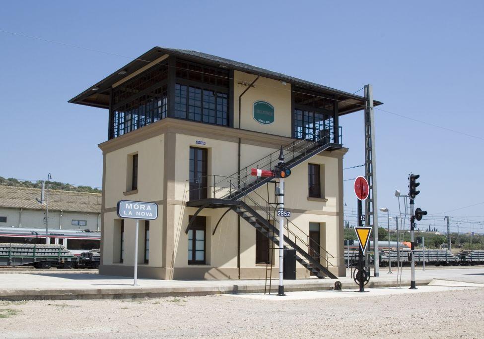 Edificio del enclave, restaurado y museizado por voluntarios de la entidad.