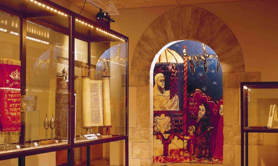 Sala dedicada a la sinagoga.