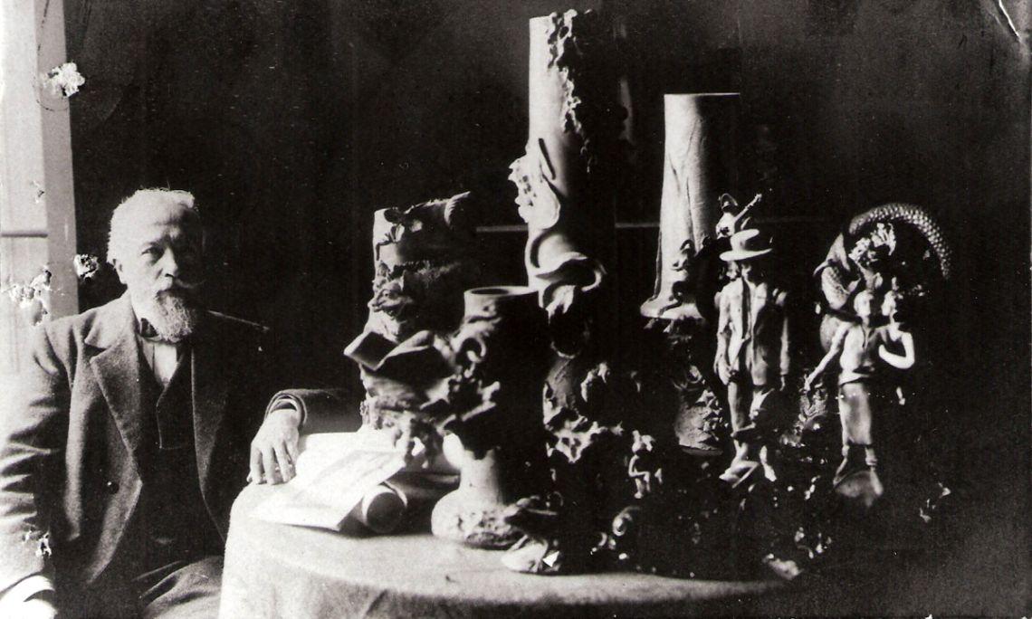 Sebastià Padrós i Cortada, artista modernista bisbalenc, any 1922. Fons d'imatges Arxiu Històric de Girona.