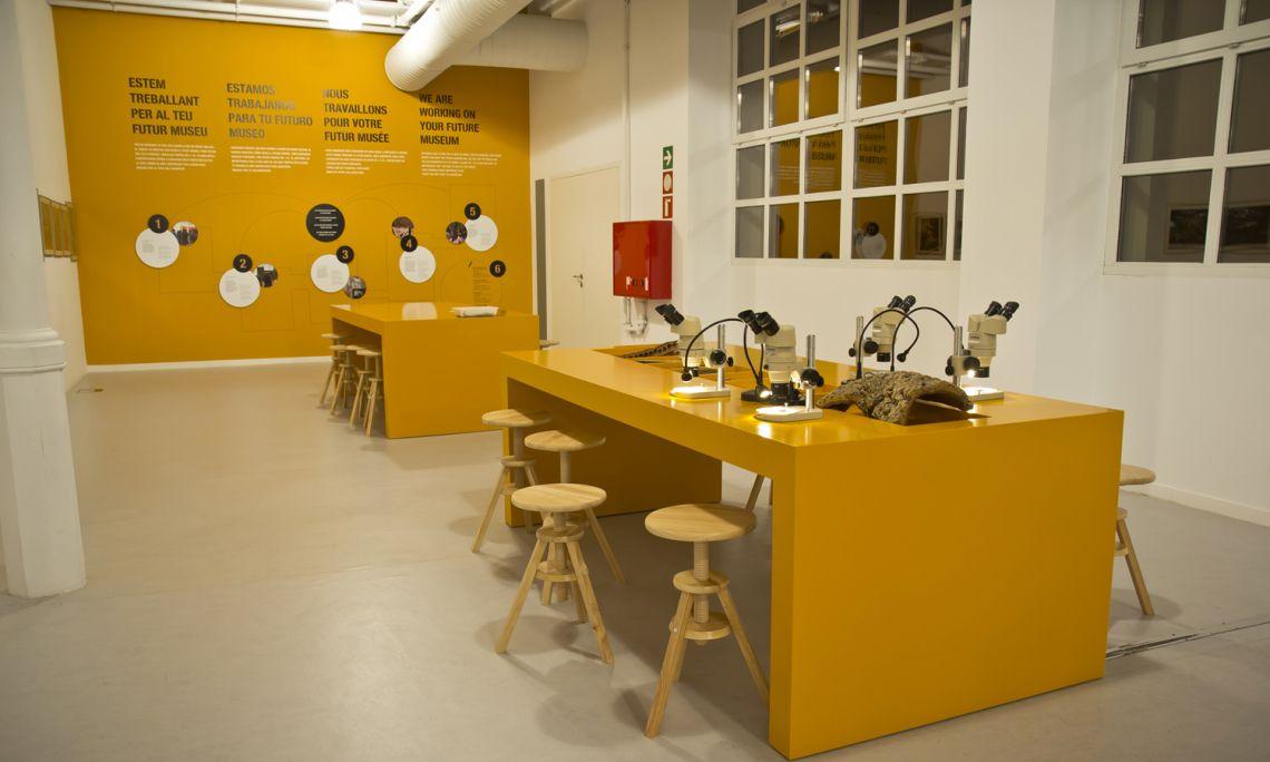 Espace de participation des visiteurs à l'exposition Cork in Progress. Banque d'images du Musée du Liège de Palafrugell.