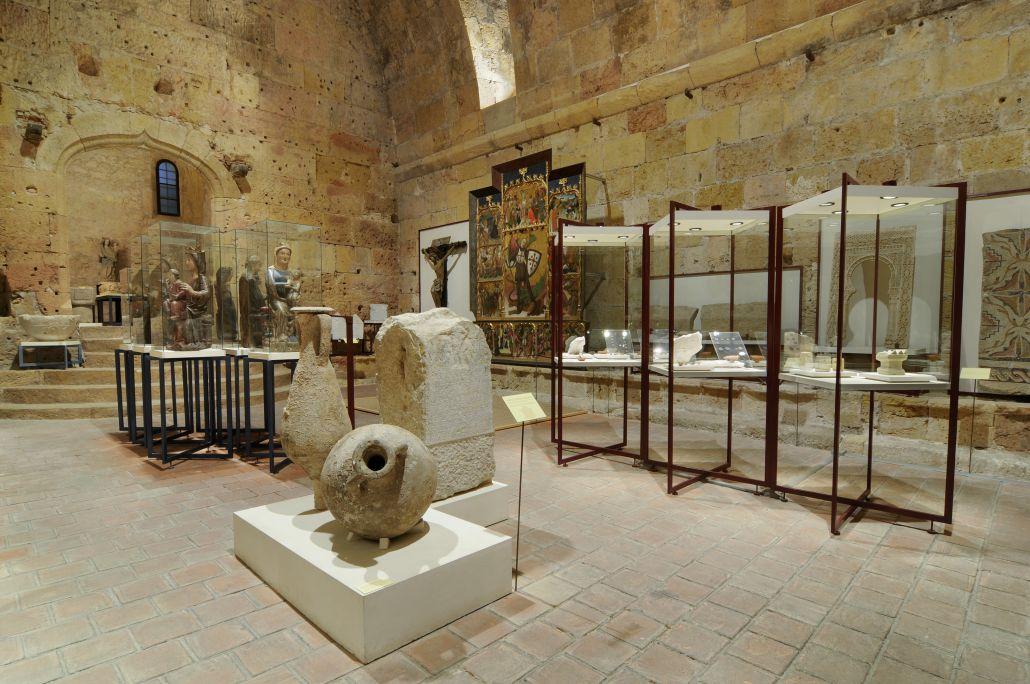 La salle I du musée occupe des espaces de l'époque romaine utilisés au XIIIe siècle.
