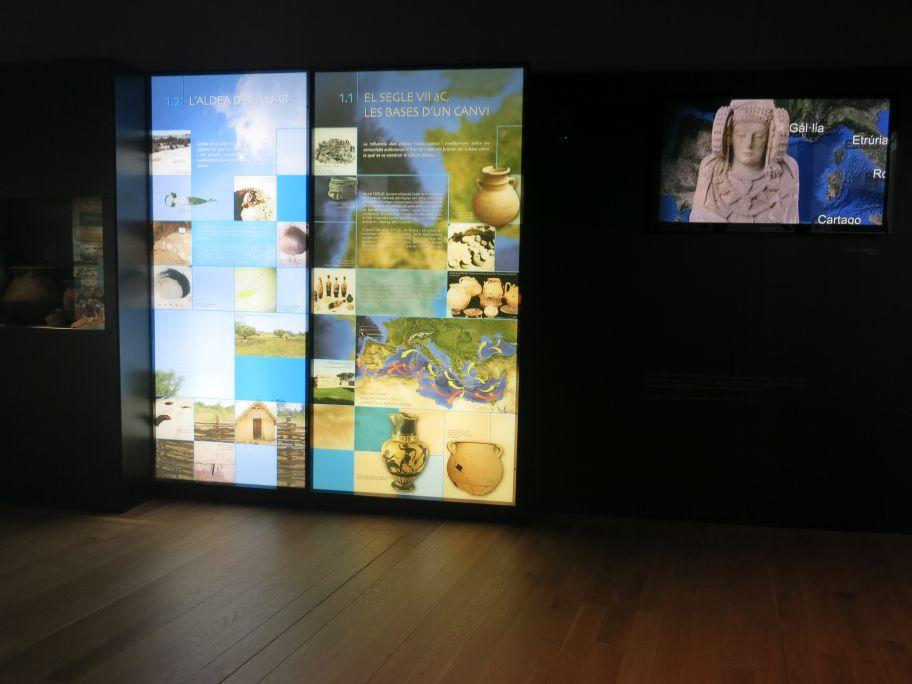 Plafons i audiovisual en què s'explica l'origen de la cultura ibèrica