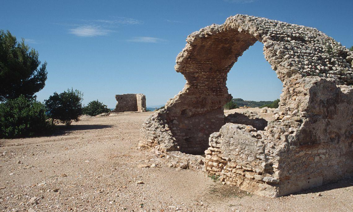Vista general del depósito de agua, conocido popularmente como la Tartana.