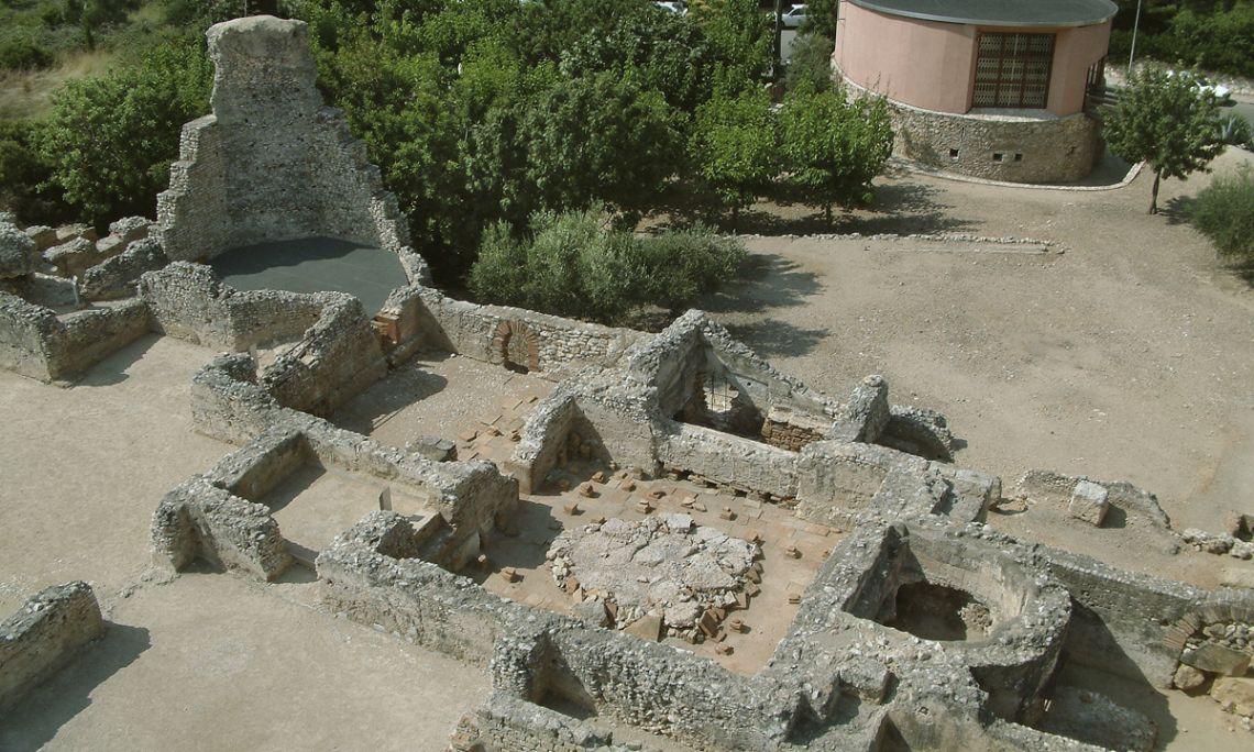 View of the bathhouse at the Els Munts villa .