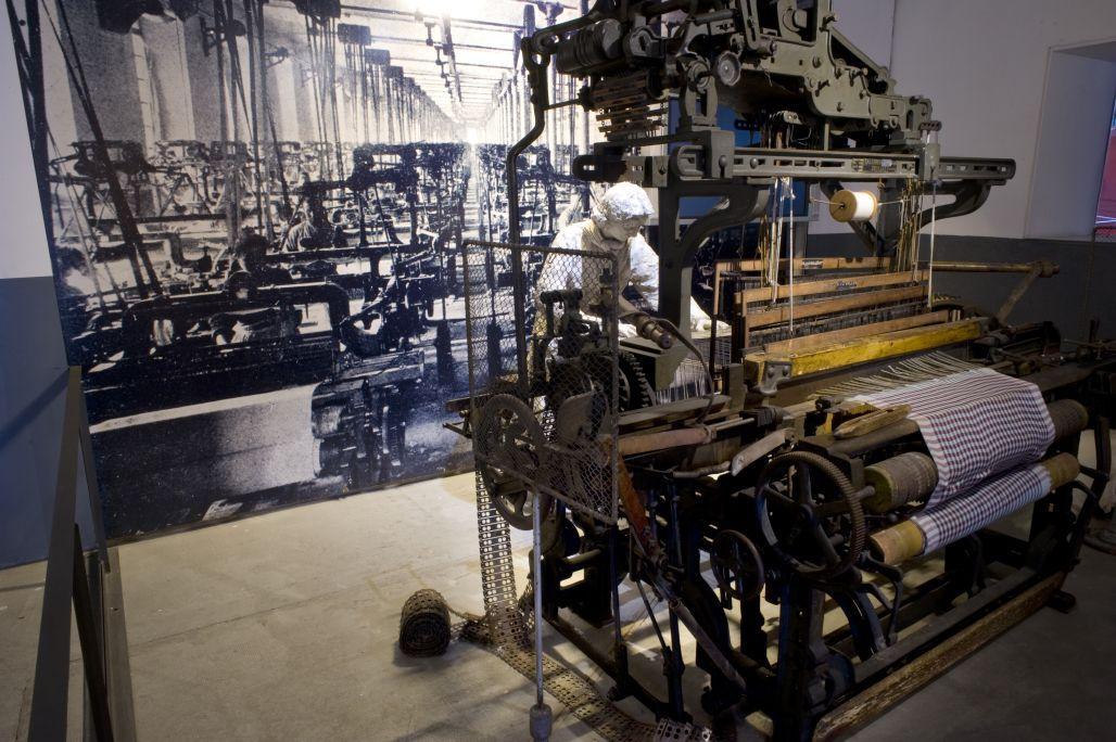 La fàbrica tèxtil. © de la fotografia: Museu d'Història de Catalunya (Pep Parer)