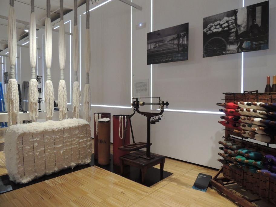 Vista de l'espai dedicat als processos de filatura © Museu de Mataró