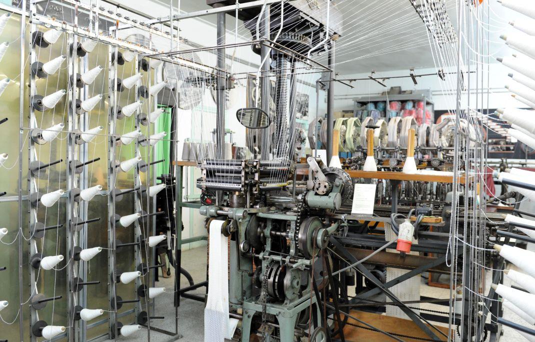Aperçu d'un métier à tricoter Raschell- William Scott © Musée de Mataró