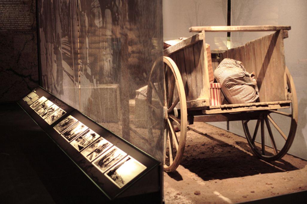 Des centaines de milliers de personnes furent contraintes à l'exil pour échapper à la répression franquiste.